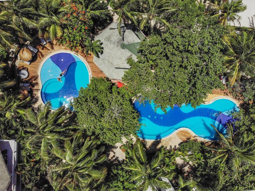 Paradise Beach Hotel West Bay