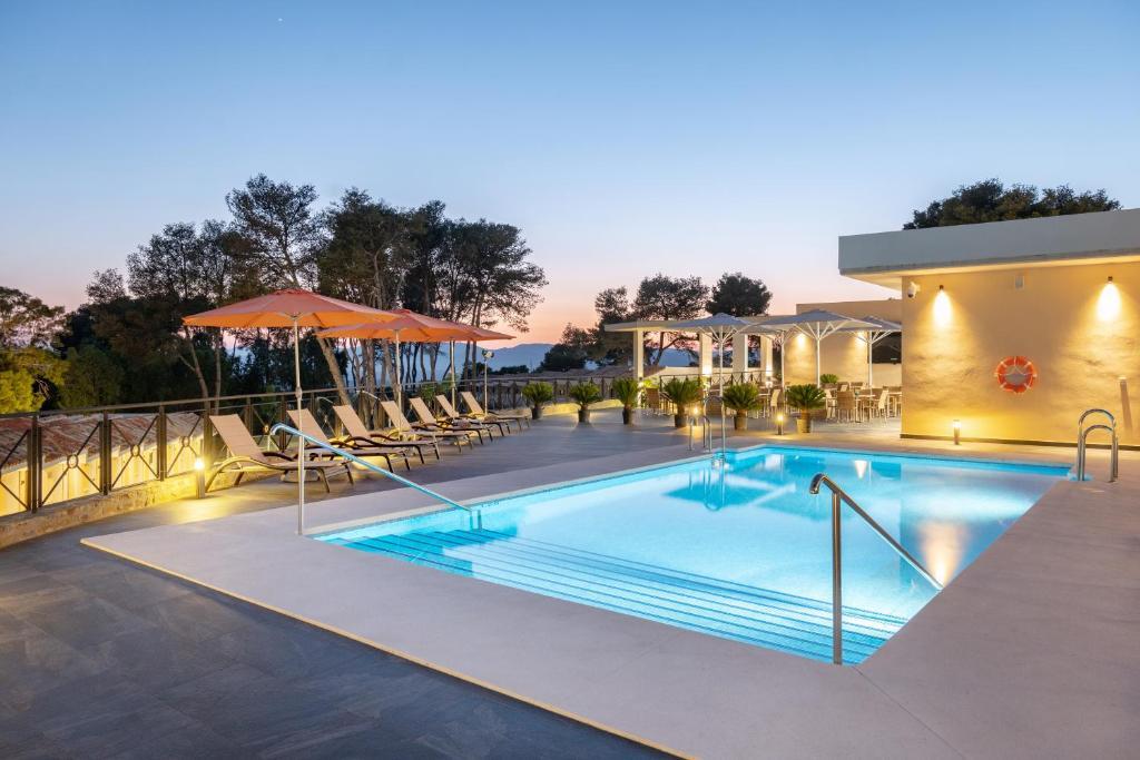 Hotel Admiral Casino Lodge San Roque Spain Booking Com