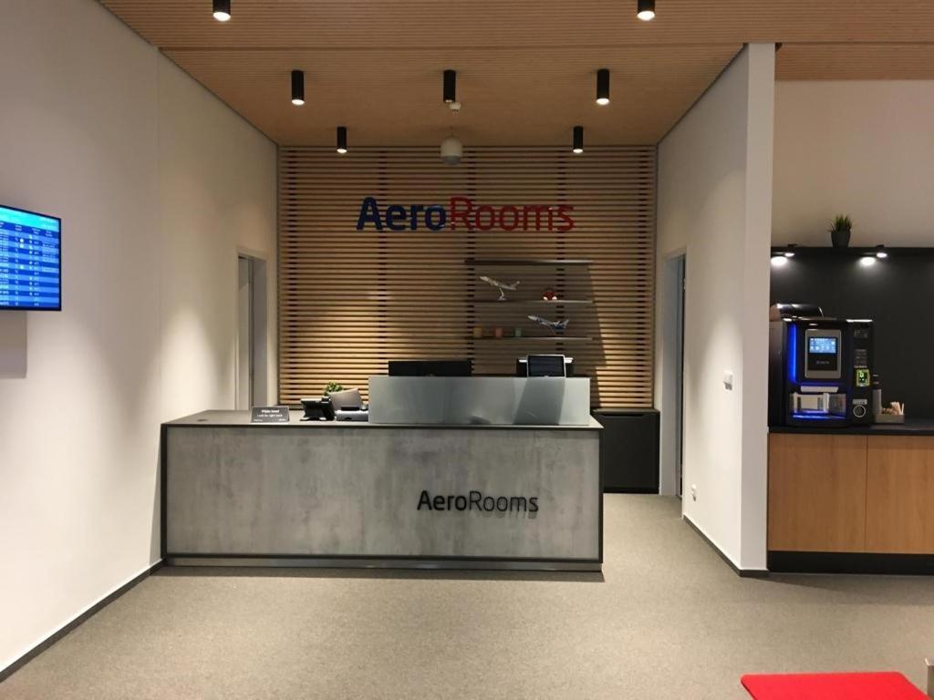 Lobby/Rezeption in der Unterkunft AeroRooms