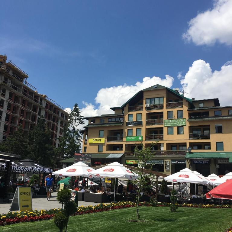 Vila Jezero Apartmani Mira Zlatibor Azurirane Cene Za 2020