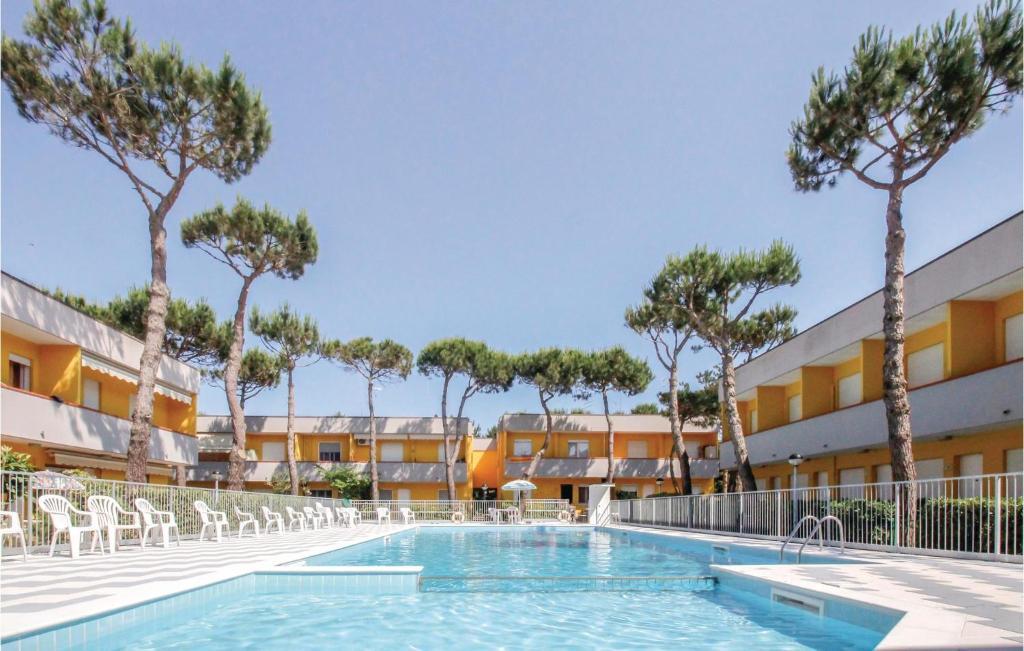 The swimming pool at or near La Piazzetta 1