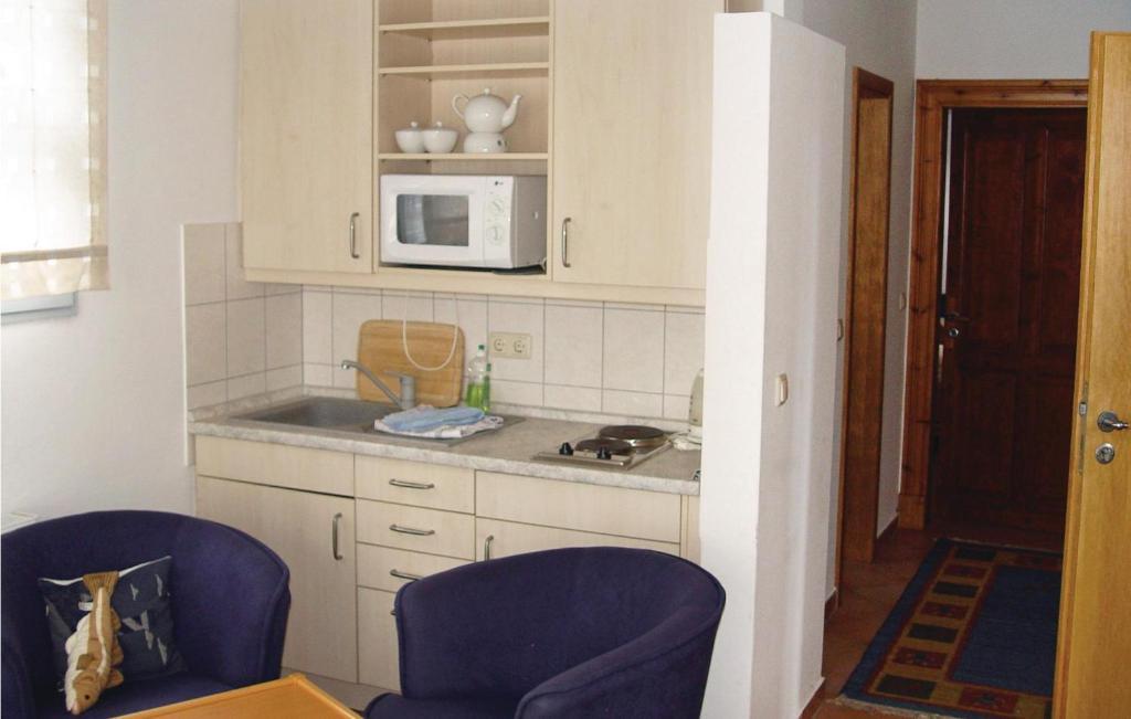 A kitchen or kitchenette at Gewölbe G