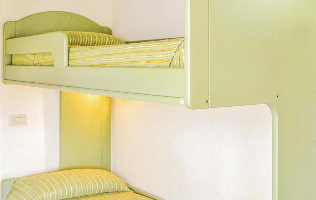 Letti A Castello Di Violetta.Booking Com Appartamento Liano 2 Violetta Gargnano Italia