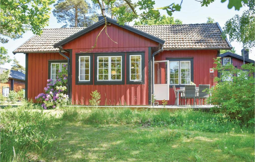 Vacation Home Sandgrdsborg, Frjestaden, Sweden