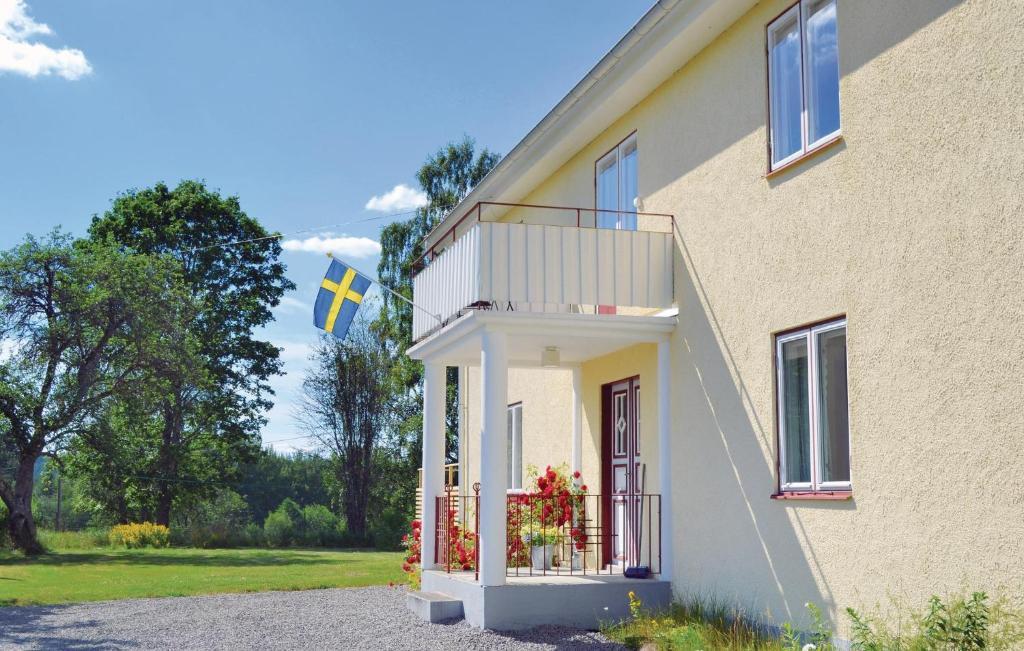 Norrgavel | Designmbler - Svenska trmbler