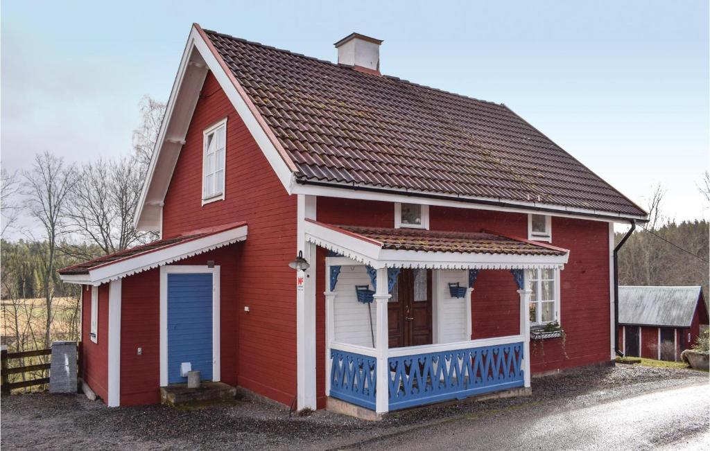 البناء الذي يحتوي بيت العطلات