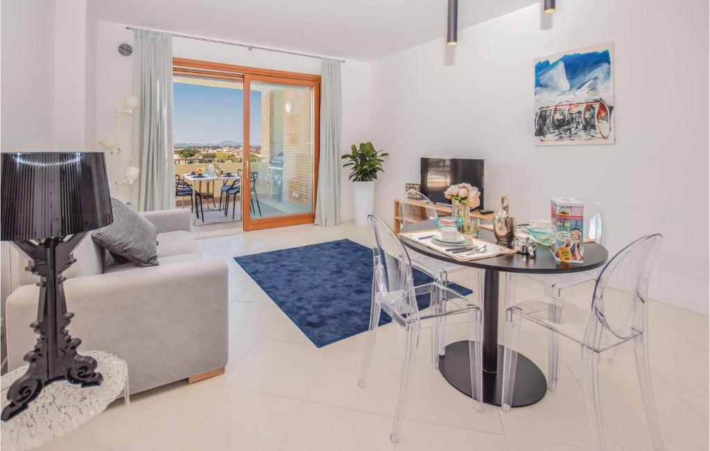 One-Bedroom Apartment in Roma RM, Rome, Italy - Booking.com