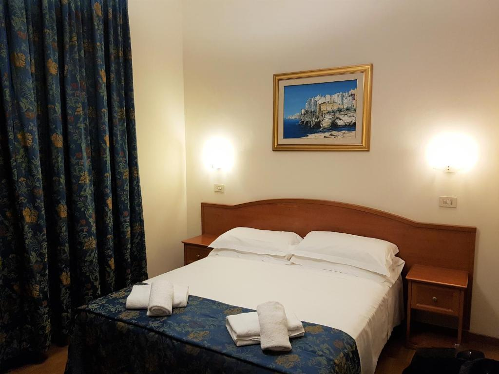 Bed and Breakfast Soggiorno Madrid, Florence, Italy ...