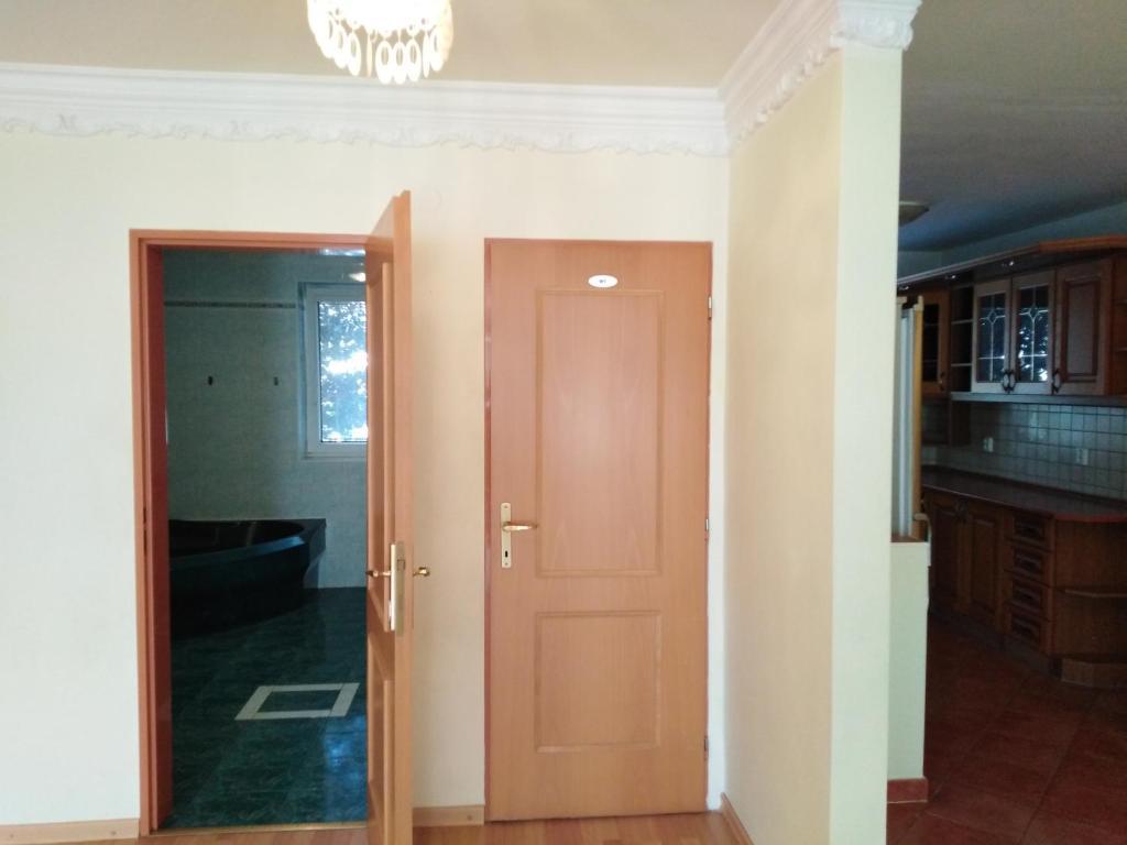 Kuchyňa alebo kuchynka v ubytovaní Prenájom izieb v Stupave .