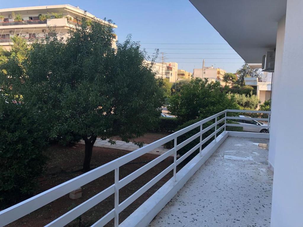 Luxury Minimal Apartment Glyfada Grecia Atenas Booking Com