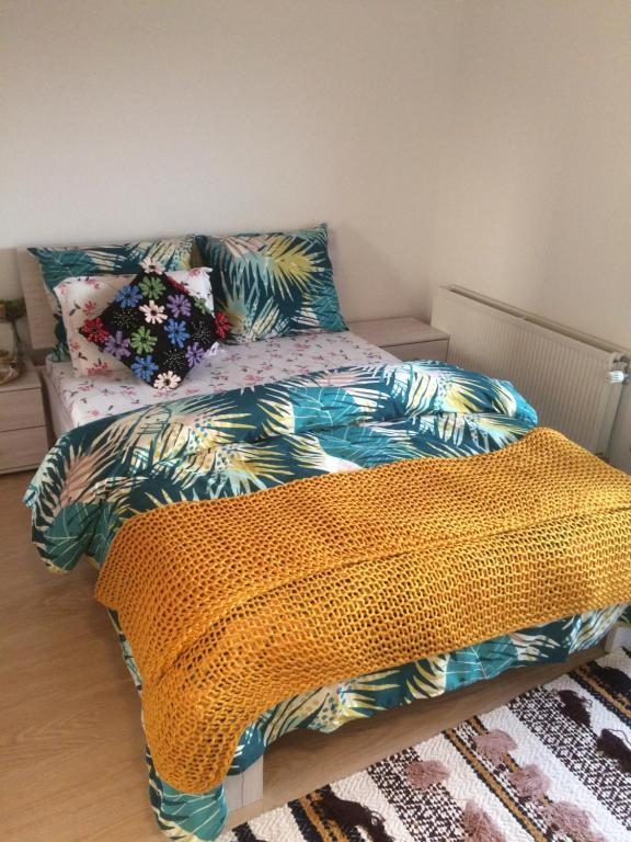 A bed or beds in a room at Best Homestay near Eindhoven airport - private room in a residential house