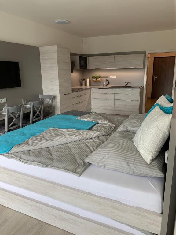 Postel nebo postele na pokoji v ubytování Apartmán Lipno-Šestka