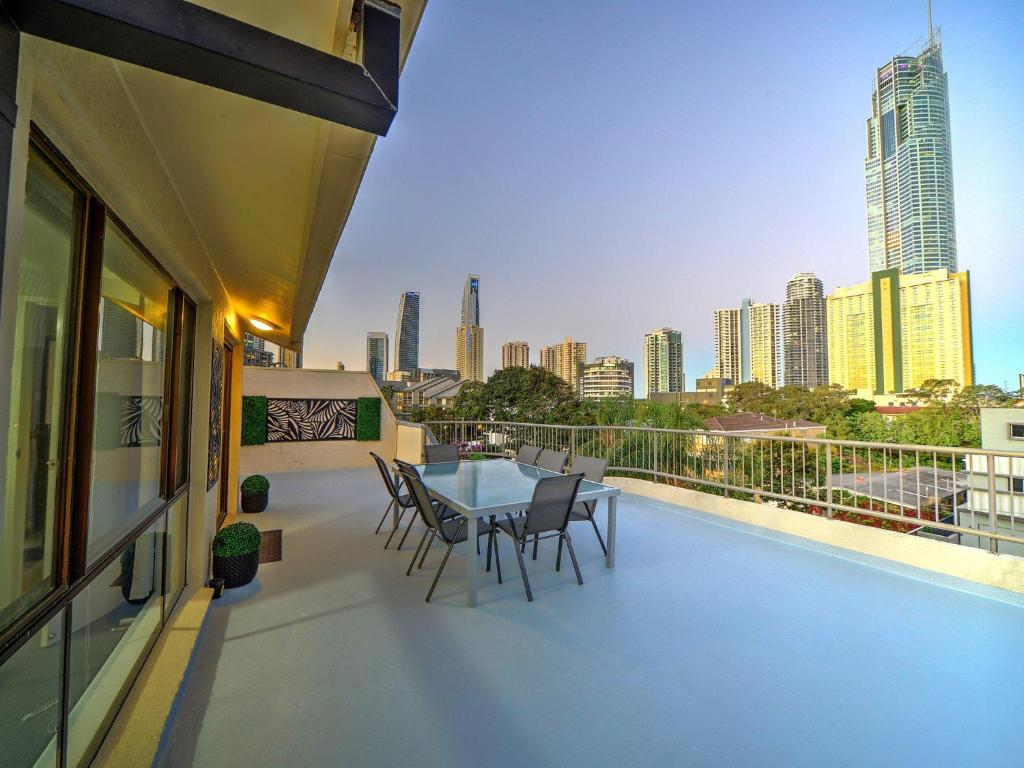 A balcony or terrace at 2 Level Penthouse on Paradise Island