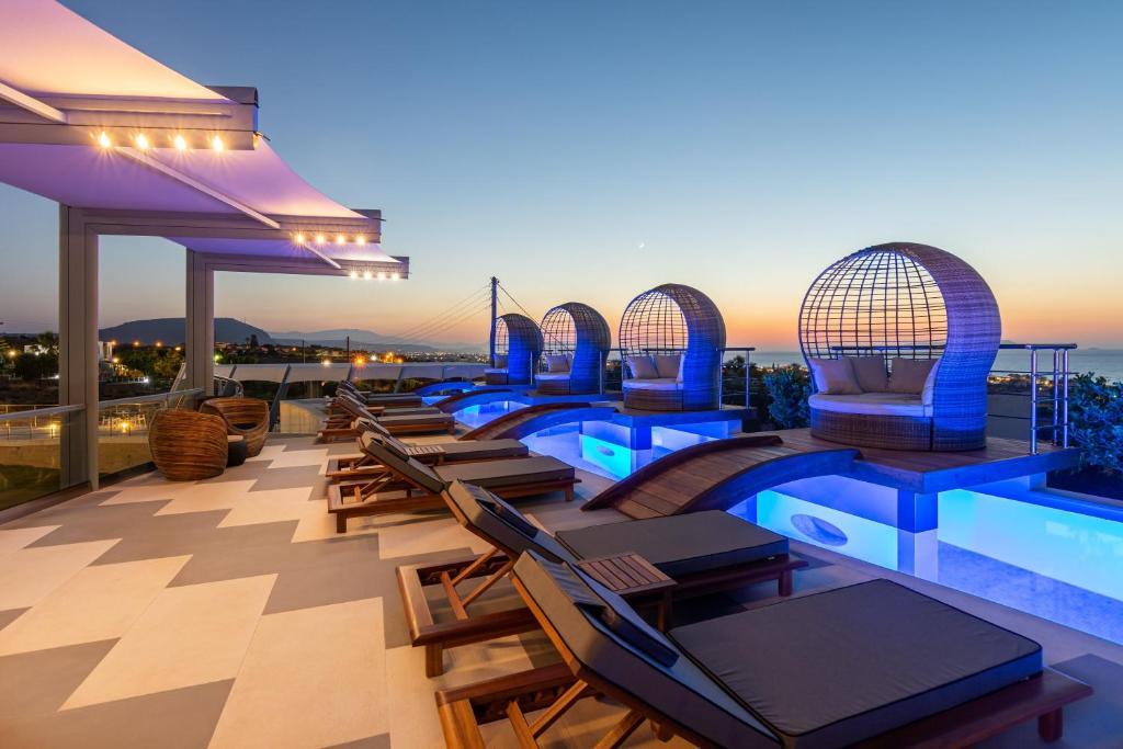 Πισίνα στο ή κοντά στο Onira Suite Dreams