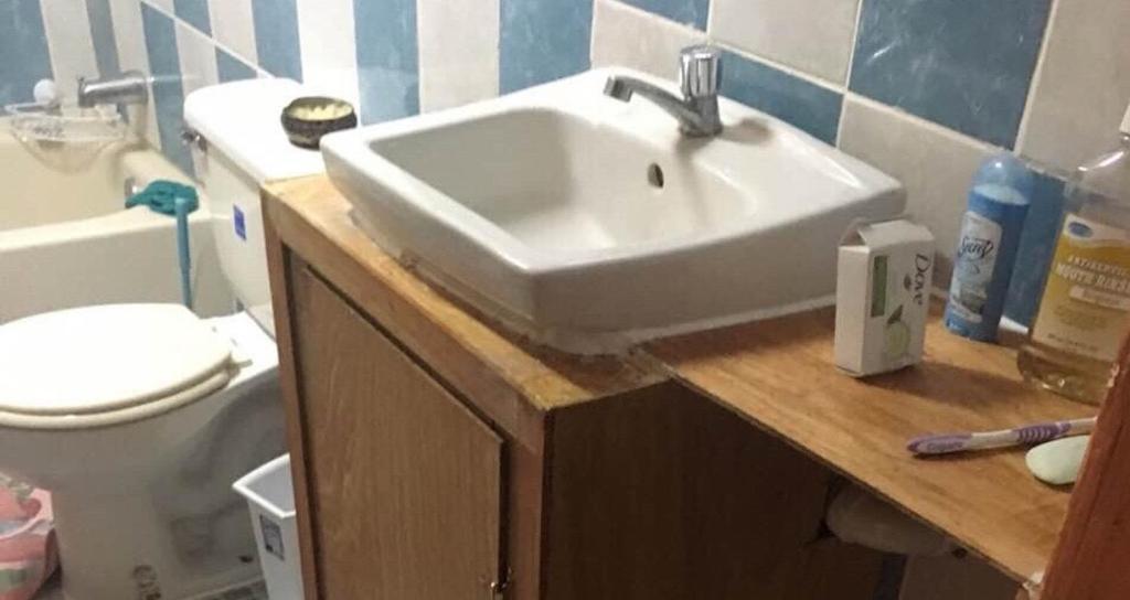 A bathroom at MaFlo Arms