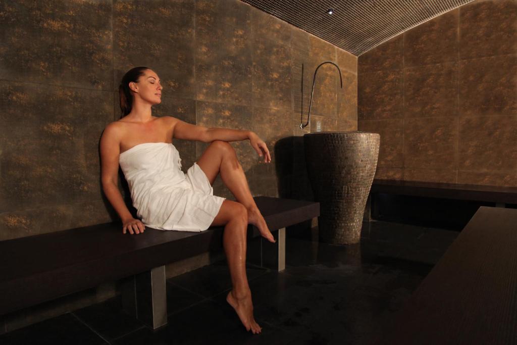 Aquabella Hotel Spa Aix En Provence France Booking Com