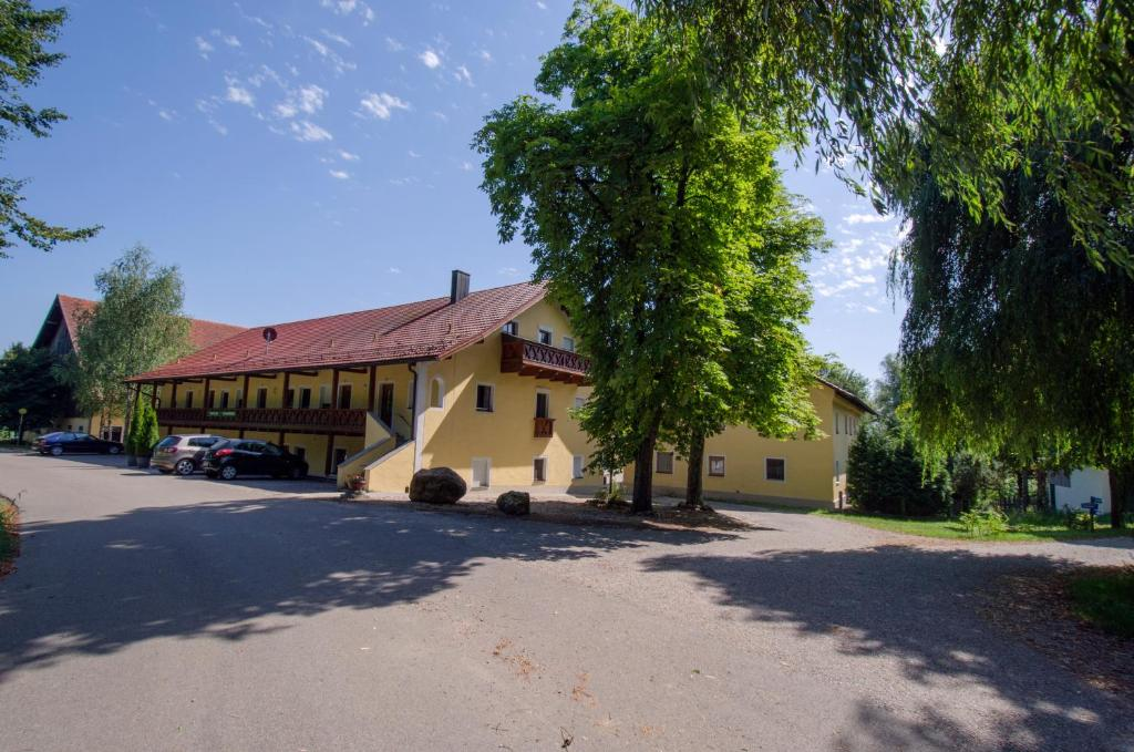Ferienhof Unertl Bad Griesbach Germany Booking Com