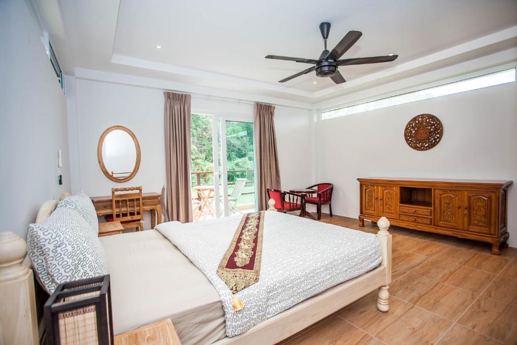 Koh Chang Hillside Holiday Home