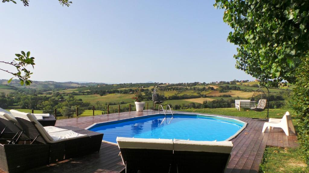 The swimming pool at or near Casa del fonte