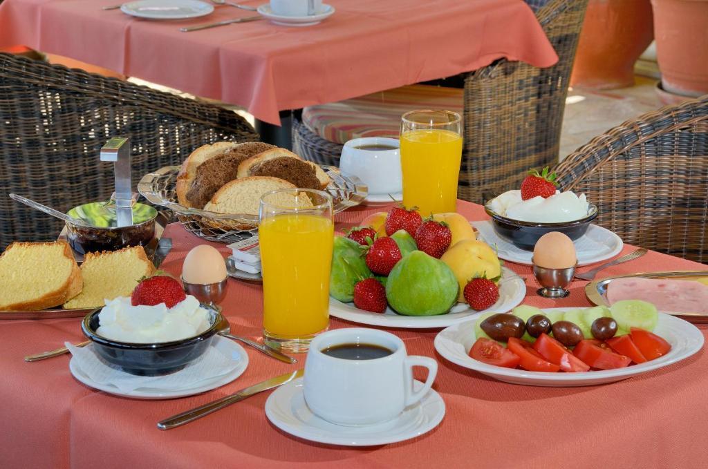Ontbijt beschikbaar voor gasten van Agrilionas Hotel