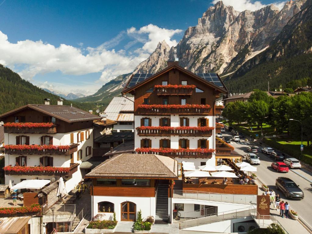 Fiori Hotel.Fiori Dolomites Experience Hotel San Vito Di Cadore Italy