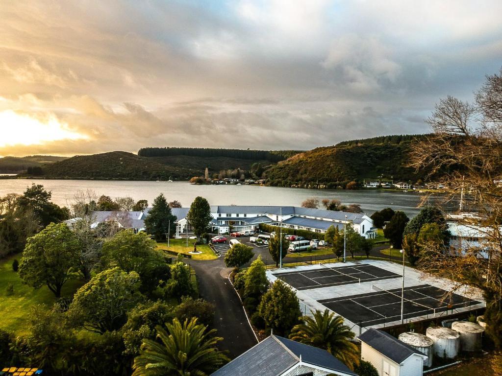 VR Rotorua Lake Resort