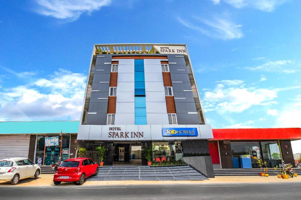 FabHotel Spark Inn