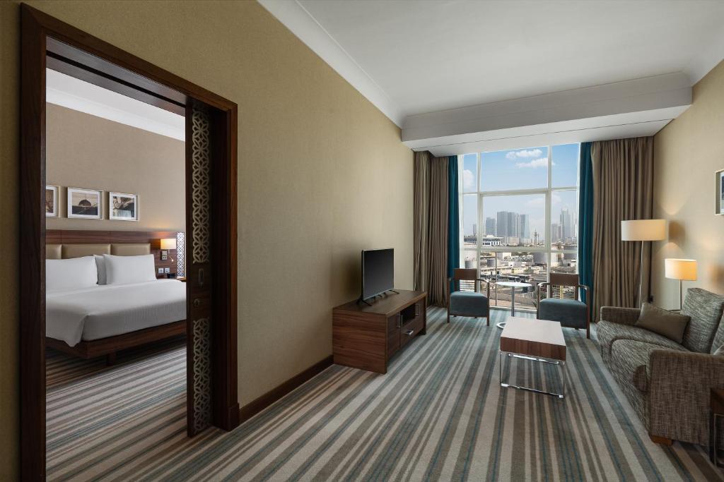 Hilton Garden Inn Dubai Al Mina Jumeirah Dubai Updated 2020