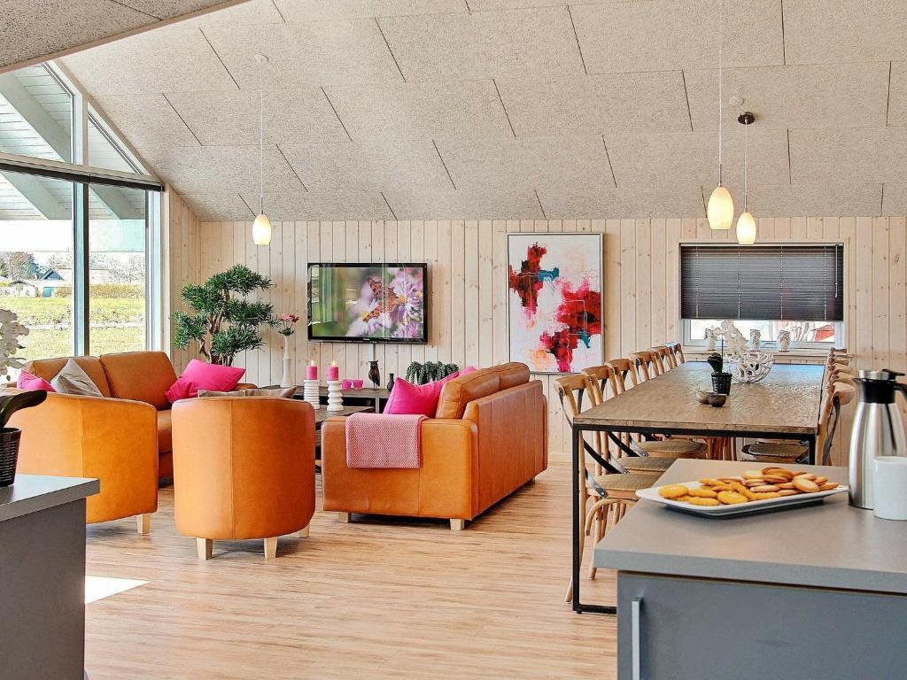 Five-Bedroom Holiday home in Bogense