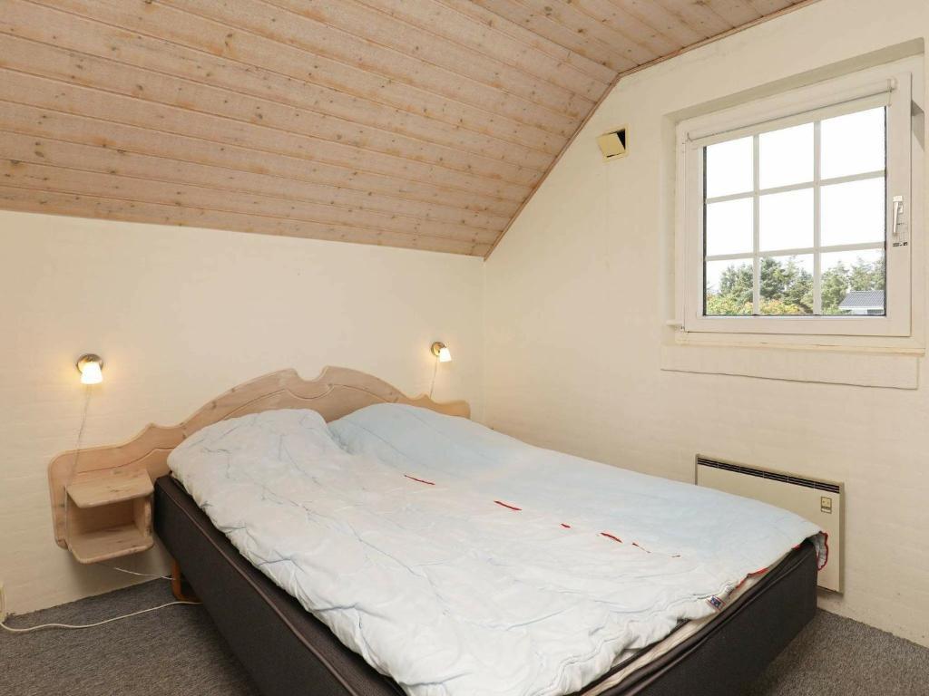 Five-Bedroom Holiday home in Ringkøbing 3