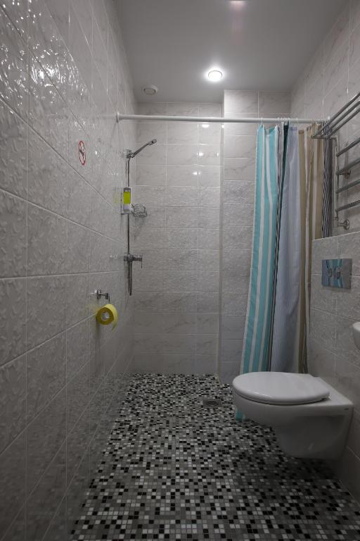 Трехместный номер с душем: фотография номер 3