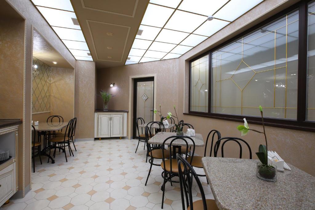 Ресторан / где поесть в Отель Московский