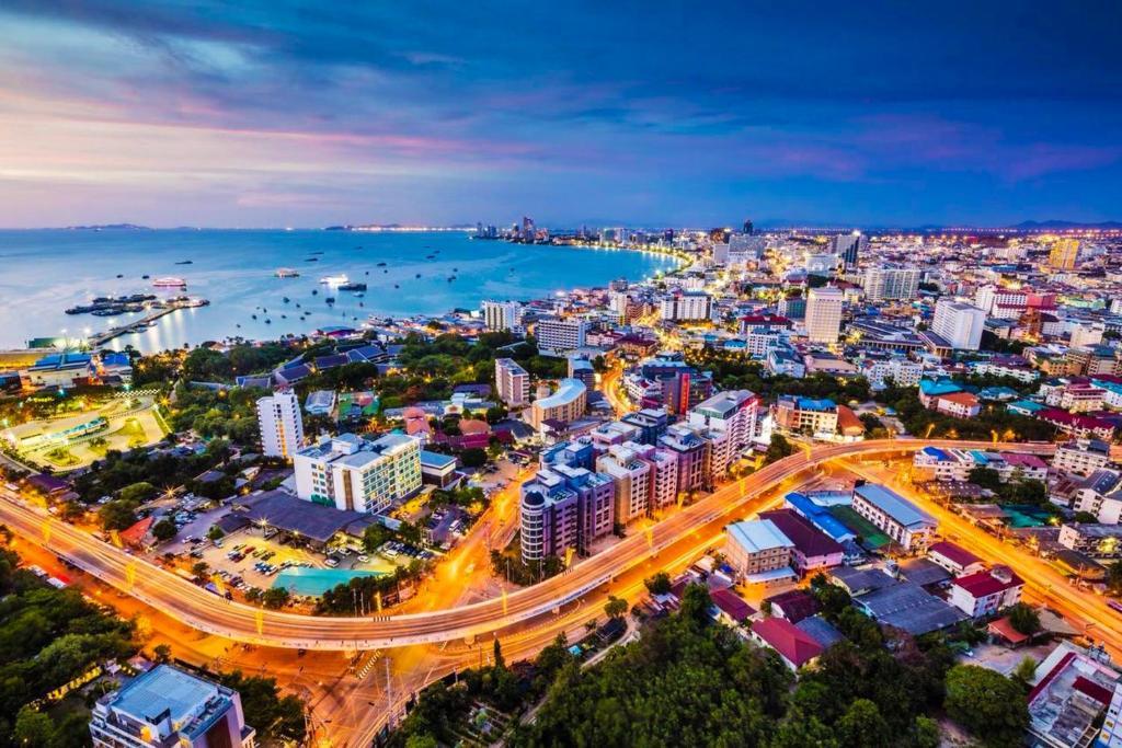 реанимировать накопитель, город паттайя таиланд фото еще