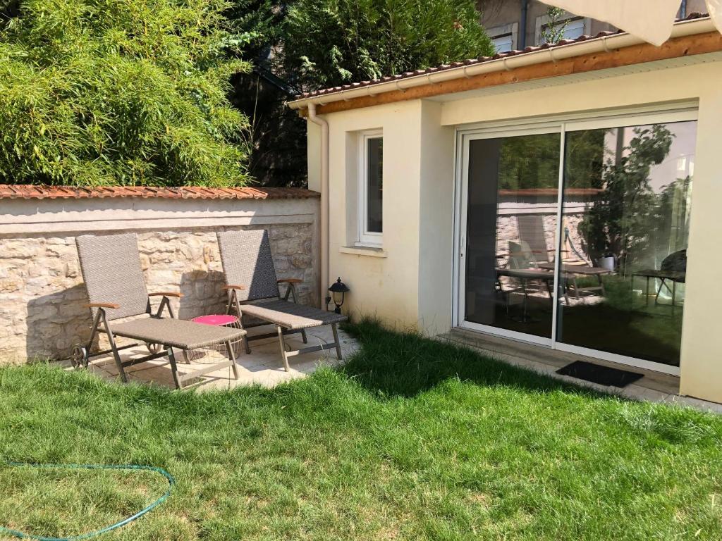 Studio Maisonnette Avec Jardin Nancy Tarifs 2020