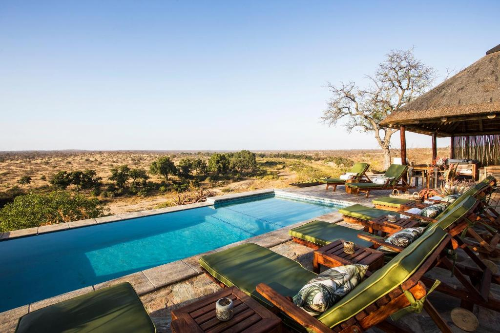 A view of the pool at Misava Safari Camp - Klaserie Drift or nearby
