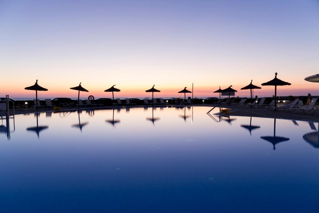 Bassein majutusasutuses RVHotels Sea Club Menorca või selle lähedal