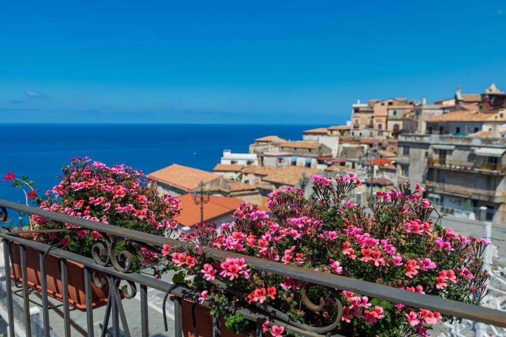 B B La Terrazza Cetraro Italy Booking Com