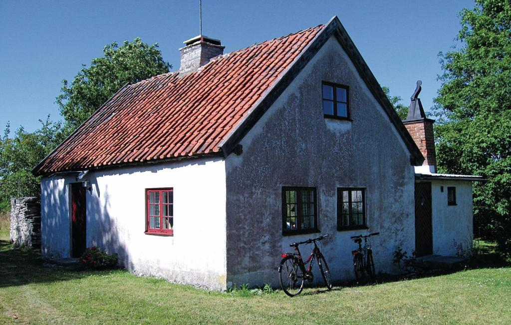 Amazing home in Fårösund w/ 2 Bedrooms