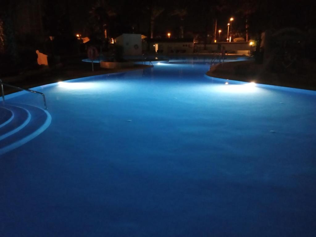 Villa Lagos a 25 metros del Mar, Roquetas de Mar – Precios ...