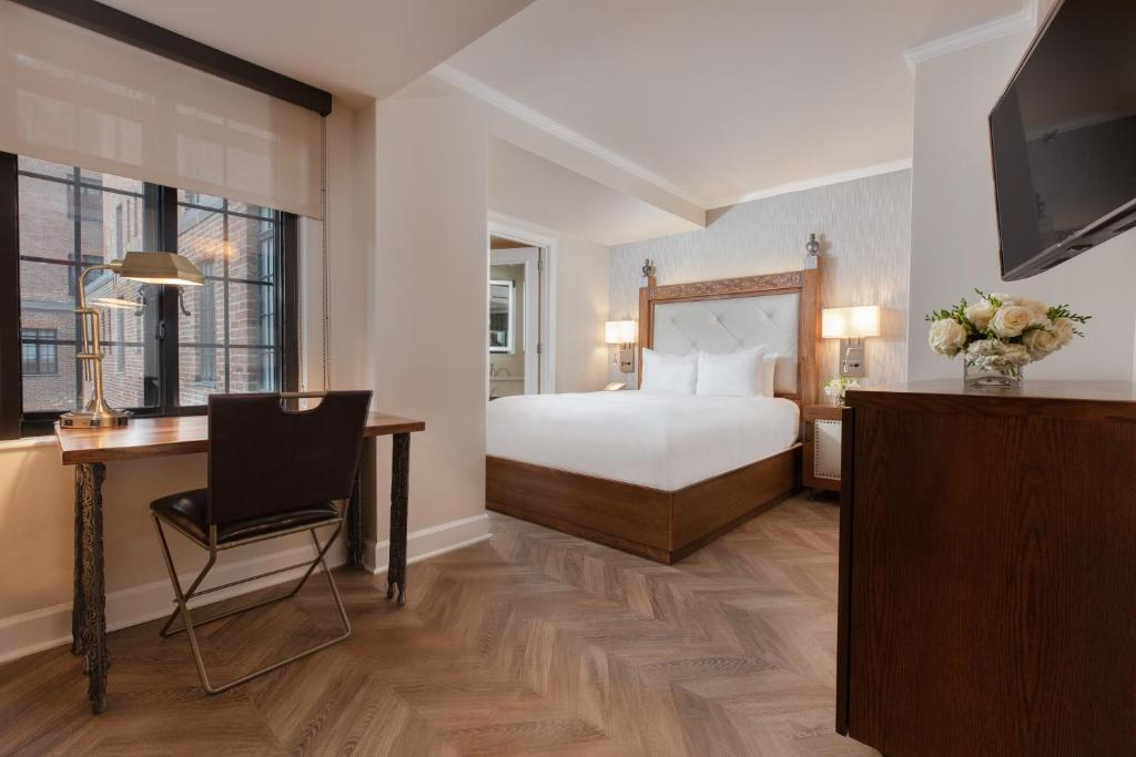 A bed or beds in a room at Westgate New York Grand Central