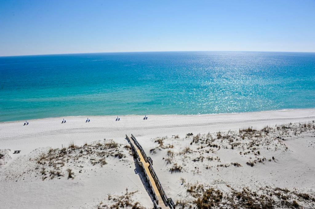 Beachy Beaut At Emerald Isle Pensacola