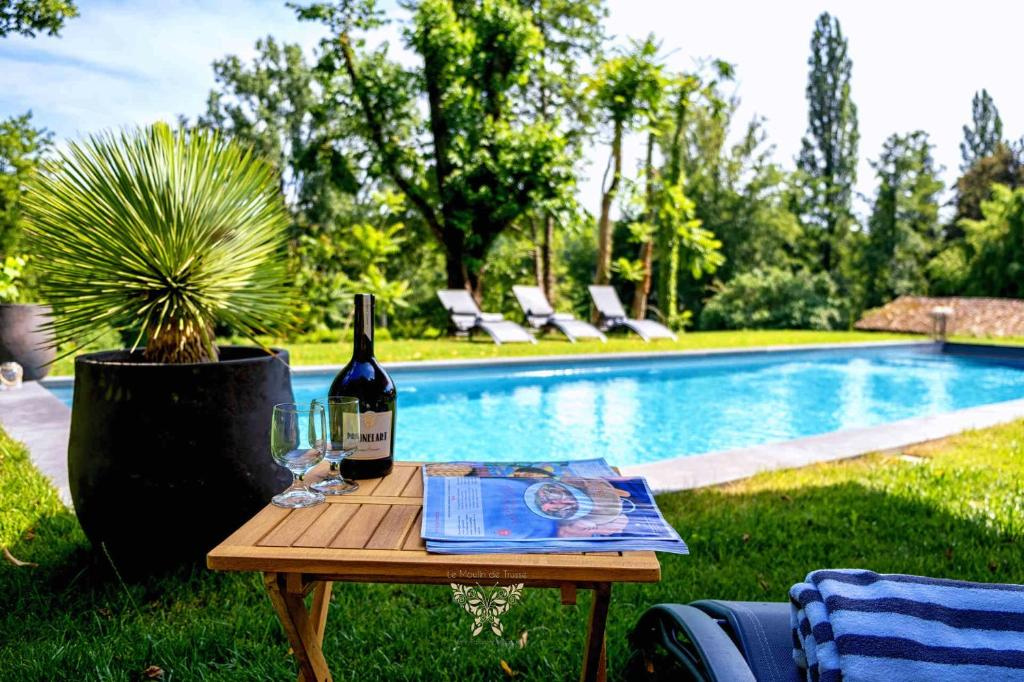 Holiday Home Splendide Moulin Prive Piscine Chauffee Lac Parc