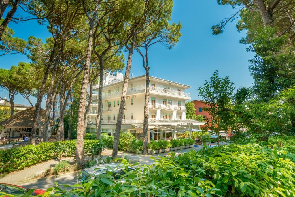 Hotel Milano Eraclea Mare Italy Booking Com