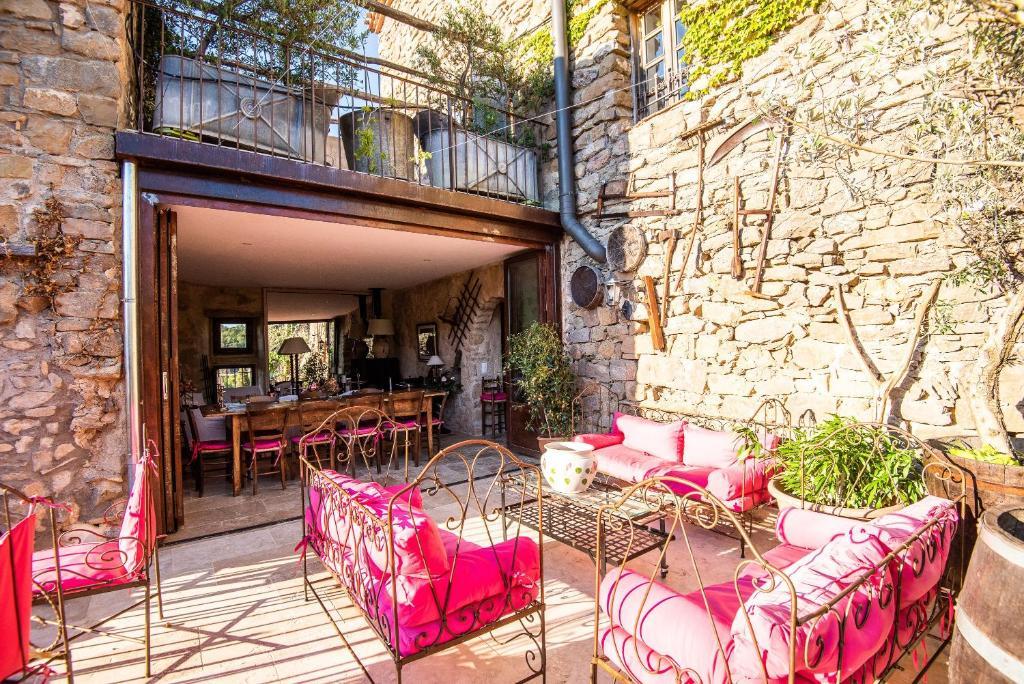 Chambre et table d'hôtes le Roc sur l'Orbieu