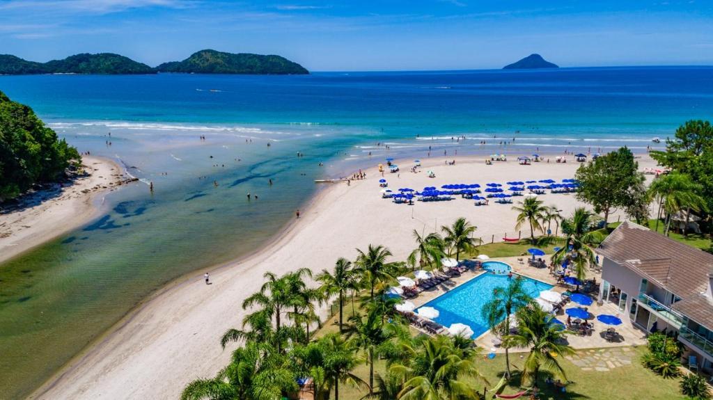 Uma vista aérea de Beach Hotel Juquehy