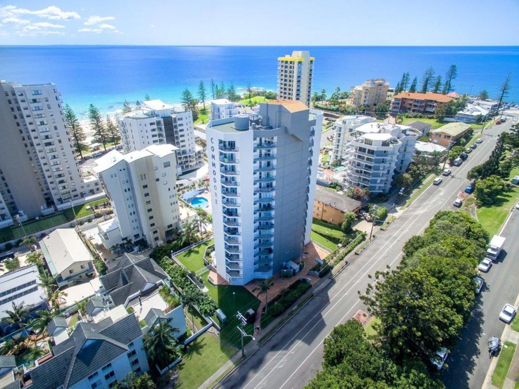 A bird's-eye view of Rainbow Commodore Apartments