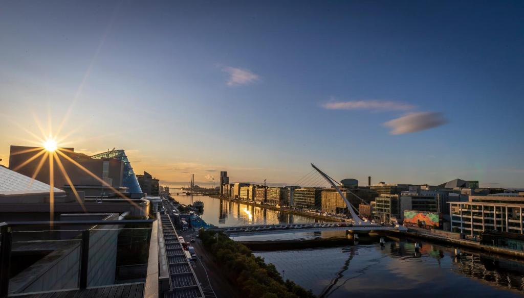 Speed Dating & Matchmaking in Dublin | SpeedDublin Dating