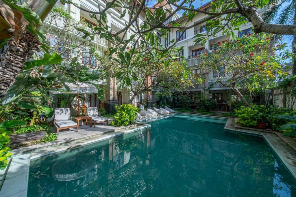 The swimming pool at or near Sara Residence by Nakula