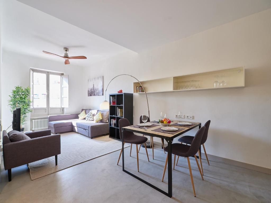 Espectacular apartamento en el barrio de La Latina, Madrid ...
