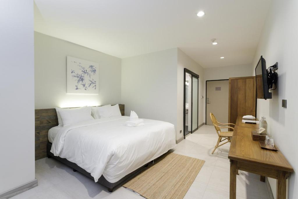 Hotel The Locals Chiang Mai Thailand Booking Com